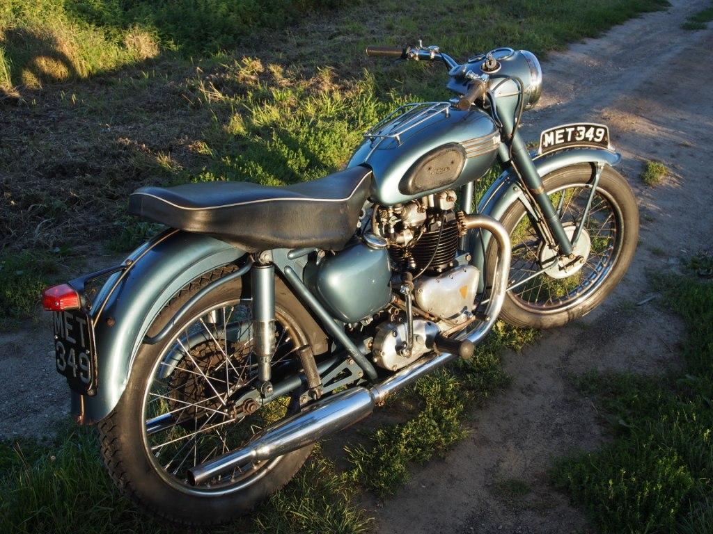 TRIUMPH 6T - 1955