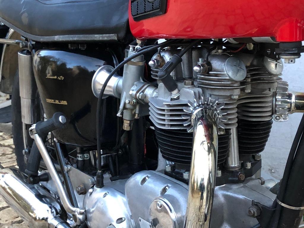 TRIUMPH T120R – 1966